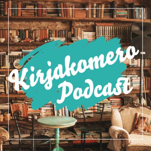 Kirjakomero -podcastin kansikuva. Kirjahylly, astioita, pöytä, tuoleja ja autoja